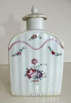 19th Century Chinese Export Floral Decorated Porcelain Tea Caddy