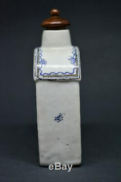 Antique Chinese Porcelain Tea Caddy With Wooden Lid 5.5 Inches tall