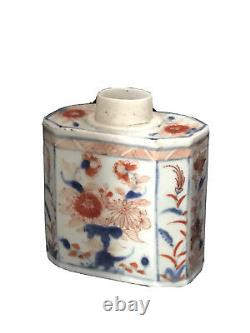 C. 18th Chines Kangxi Period Imari Porcelain Tea Caddy with Floral Decorations