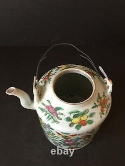 Chinese Antique 20th Century Porcelain Famille Verte Tea Caddy