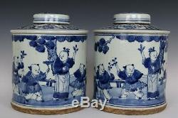 Chinese Beautiful Pair Blue and White Porcelain Immortal Characters Tea Caddies