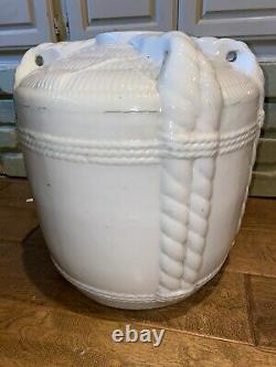 Gorgeous Antique Japanese Sake Jug Cask Porcelain