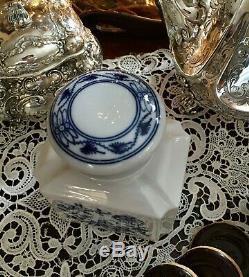 Meissen Blue Onion Porcelain Tea Caddy in Blue Onion