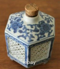 Old Antique Chinese Blue & White Porcelain Tea Caddy