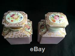 19c Porcelaine De Paris Noix Caddy Bois Tea W Deux Porcelaine Bouteilles, C. 1850