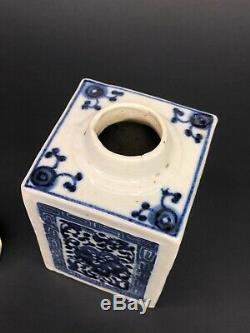 Antique 19ème Bleu Chinois En Porcelaine Blanche Couverte Thé Caddy Couvercle En Argent Sterling
