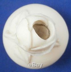 Antique Inconnu Parian Porcelaine Relief Scène Vase Pot Tea Caddy Porzellan