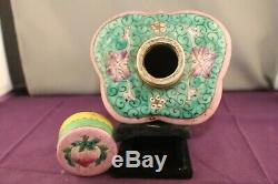 Antique Porcelaine Famille Rose Shaped Chinese Tea Caddy Et Couverture Stamed Sur La Base
