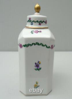 Caddy De Thé En Porcelaine De Dresde Rectangulaire Avec Des Angles En Canettes Et Le Dessus En Dôme