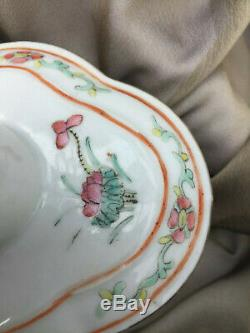 Chinese Export Porcelaine Famille Rose Tea Caddy