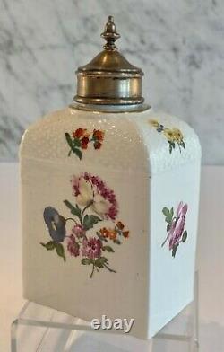 Early Meissen Porcelain Floral Domed Basketweave Molded Tea Caddy LID 18ème C