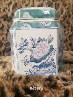 Fine Marked Antique République Chinoise Exportation Porcelaine Famille Verte Tea Caddy