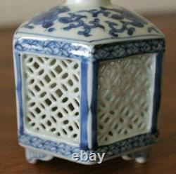 Old Antique Chinese Blue & White Porcelaine Tea Caddy
