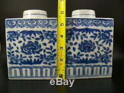 Paire Grand Chinois Bleu Et Blanc À Thé En Porcelaine Caddies Avec 19 Floral Scrolls C