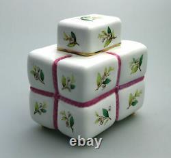 Une Antique Nouveauté Minton Tea Caddy Attribuée À Christopher Dresser C. 19thc
