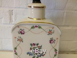 Vintage Tea Caddy Lampe En Porcelaine Avec Faits Saillants Décoration Florale Et Or